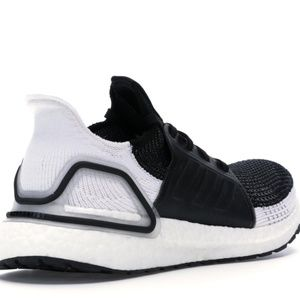 New Adidas Mens 12.5 US 12 UK 47.5 Ultraboost OREO
